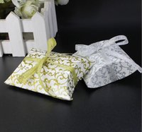 Cheap 50pcs Pillow-Shaped Box Personalized Candy Box Wedding Supplies Wedding Favour Favor Holders with Ribbon 2 Colors