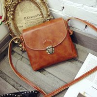 Wholesale Long Strap Leather Women Bags Small Vintage Leather Handbags Cheap Crossbody Bag for Women Messenger Bag Luxury Designer Purses