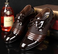 Wholesale HOT shoe man Classical man dress Dress Flat Shoes Luxury Men s Business Oxfords Casual Shoe Black Brown Leather Derby Shoes
