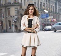 autumn dates - 1435 New autumn fashion beige coat coat and pleated skirt outfit two suits the streets of romantic date suits