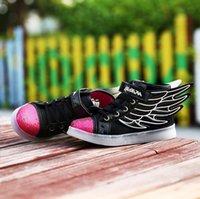 NOUVEAU style enfants USB chargeant LED lumière chaussures enfants Nightclub danse chaussures garçons et filles sneakers mode ailé chaussures chaussures décontractées.