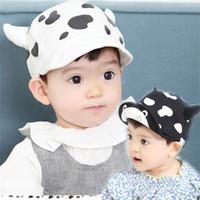 babies cattle - 2016 cute Baby milk cow horn cap dairy cattle cartoon hats Children spring autumn cartoon cow ball cap turning brim cap