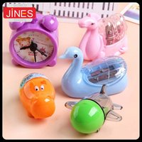 Wholesale 10 Cute Animal Plastic Pencil Sharpener for Kids Fashion gift School Writing Supplies Stationery