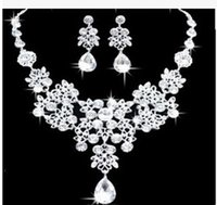 Wholesale Shining Elegant Wedding Bridal Jewelry Prom Silver plated Rhinestone Crystal Birdal Jewelry New Bling necklace and earring set Christmas