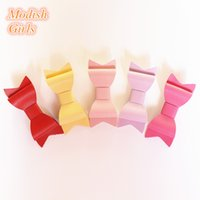 Wholesale New Colors PU Leather Barrettes Synthetic Leather Bow Hair Clips Baby Girls Hotsale Felt Bowknot Baby Hairpins