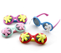 Wholesale Name Fashion Kids Child Polarize Flower Sports Sun Glasses Sunglasses Baby For Girls Boys Outdoor Designer Sunglasses Colors S1029