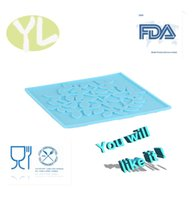 Wholesale hot sales non toxic ECO friendly healthy waterproof square fashion table kitchen family blue silicone coasters