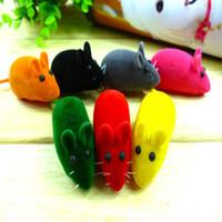 Ложные мышь Pet Cat игрушки Поддельные Мыши Крысы Симпатичные игры игрушки для кошек Kitten Случайным цвет
