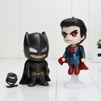 2pcs / set Superheros Q Versión batman vs superman figura PVC figura de acción de juguete Colletable modelo de 10 cm aprox