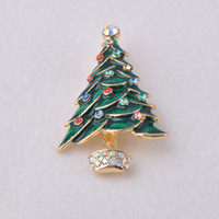 Wholesale Fashion Christmas tree brooch Zinc alloy colorful crystal pins women banquet jewelry green materials Christmas Decoration Jewelry gift