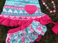 Wholesale 2015 baby new hot pink heart swing tops swing outfits with matching necklace and bows