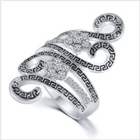 antique zircon rings - 2016 Personalized bending Stylish atmosphere Ancient K Gold Antique Silver Ring Retro zircon Drip black Rings ZJ