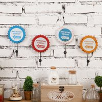 Wholesale Hook Pendant Retro Beer Cap Creative Home Decorative Wall Living Room Wall Decoration Soft Personalized Clothing Store Kitchen Hooks GJ57