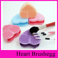 cosmetic pads - 4 Colors Heart shaped Clean mat Better Than Brushegg Silicone Brush Cleaning Egg Cleanning Pad Cosmetic Brush Cleanser Hot