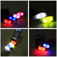 Wholesale Voice Control LED Silicone Wristband New Year Promotion Gifts Green Red Yellow Blue Light LED Silicnoe Bracelet Vocal Concert Party Suitable