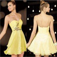 achat en gros de prom robe jaune bustier courte-Jaune bretelles / mini robes Homecoming Strapless superbes Ruffles Sweety robes de soirée en mousseline de soie Sequinz Zipper Retour robes de demoiselle d'honneur Z0983