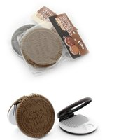 Wholesale Hot Sales Cute Chocolate Cookie Compact Pocket Makeup Mirrors With Brush For Lady Women Brand New Hot Sales