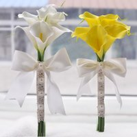 beach bouquets - 6pcs Calla Lily Flowers Bridal Wedding Bouquets Formal Bridesmaid Garden Church Beach Wedding Party White Yellow Lace Bandage