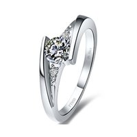 Wholesale CT Romantic Sterling Silver Jewelry With Platinum Plated Channel Setting Round Wedding Synthetic Diamond Rings For Women