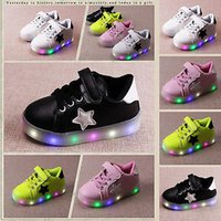 baby shoes trainers - LED Casual Shoes Kids Children Boys Girls Light Up Sneakers Babies Flat Shoes Trainers Mesh Soft Sole Running Shoes Gifts HH S36