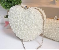 Wholesale New Design Heart Bridal Clutch Pears Bags Sweetheart Bags Women Evening Dinner Handbags Fashion Modern Party Bags With Chain Cheap