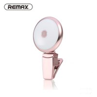 Wholesale Remax LED Selfie Spotlight Fill in Light Clip On Portable Mini Spotlight with Nine Brightness for iPhone Android Devices with Retail Box