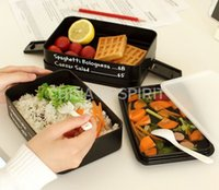 Wholesale Creative Japanese Three Tier Today s Menu Lunch Box Black Plastic Bento Lunch Box Tableware Microwave Dishwasher Dinnerware Set