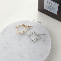 antique earring box - European antique jewelry box hollow diamond earrings minimalist geometric simplicity temperament female Earrings