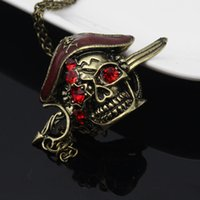 america punk - New Europe and America Accessories Pirates Of The Caribbean Skull Ruby Necklace Pendant Mit Retro Punk Personality Style