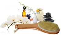 Wholesale Skin Body Brush Improves Skin s Health And Beauty High Quality Natura Dry Skin Body Brush with Curved Natural Wood Handle and Hanging