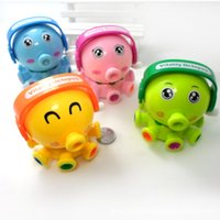 Wholesale On the chain of small octopus small a clockwork toy rotating fun small octopus Octopus doodle on the chain of random color