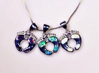 Vente en gros de bijoux de mode de fin bleu / blanc / brun Fire Opal pierre plaqué argent pendentifs pour les femmes PJ16021405