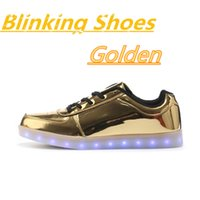 Wholesale Blinking glow recreational shoes breathable sandals sneakers lovers colorful USB rechargeable LED lights fluorescence luminous four seaso