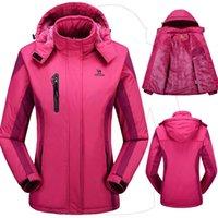 Wholesale Winter women jacket men outdoor coat thermal jaqueta skiing hiking camping jackets women Outerwear Waterproof Windproof couples