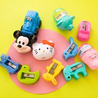 Wholesale 3D creative animal pencil sharpeners cartoon student gifts cartoon manual sharpeners