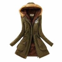 2016 épaisses vestes d'hiver en fourrure en fourrure pour femmes New Women's Long Down Parka Plus Size 3XL Parka Hoodies Parkas pour femmes