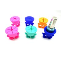 Wholesale Sample Piece New Soft Wearable Nail Polish Holder Creative Nail Art Tools Polish Varnish Bottle Display Stand Holder