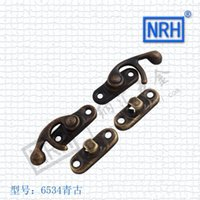 Wholesale Dong Qin nahui hook buckle retro bags hasp box buckle lock stainless steel buckle