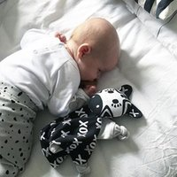 banana bibs - 2016 New Cotton Cute XO Banana Monkey Soft Bibs Baby Comfort Towel Bibs Newborn Sleepping Toys