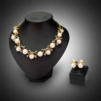 al por mayor multilayer necklace earrings-Sistemas de la joyería de la boda de novia de 18 quilates chapado en oro de lujo de múltiples capas de la perla de las flores de la armadura de los pendientes del Rhinestone Collares Conjuntos de los regalos de boda de novia