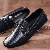 Wholesale 2016 Handmade Moccasins Men Driving Shoes Casual Slip on Luxurious Mens Loafers Flats Shoes Size