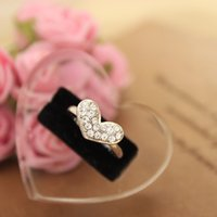 Wholesale Hot Sale Sweet Wedding Bands Simple Fashion Silver Plated Full Crystal Heart Adjustable Rings For Women