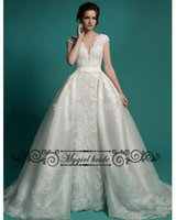 Wholesale Wedding Gown with detachable train Vintage lace New Two in one wedding dresses with detachable skirt