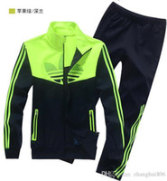 Wholesale Spring autumn new men s sports suit L XL fashion leisure sports suit long sleeved sweats jacket pants