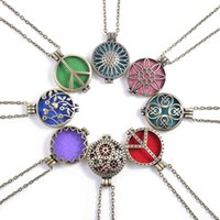 aroma circle - Hot Selling Fashion New Style Aromatherapy Aroma Essential Oil Perfume Hollow Locket Diffuser Pendant Necklaces Without Chain