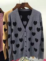 achat en gros de femmes coeur pull-Femmes amoureux cardigan cardigan motif gris chameau casual laine mélange cardigan chandail