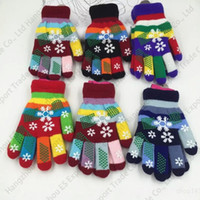 baby magic gloves - New Fall And Winter Children Students Colorful Gloves Baby Double layer Snowflakes Thickening Knitted Gloves Magic Warm Mittens