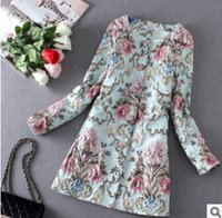Wholesale 2016 women spring new aesthetic of luxury three dimensional flower embroidery trench coat French style windbreaker coat women
