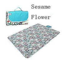 Wholesale Oxford Cloth and Waterproof Outdoor Picnic Mat Or Yoga Mat hi flowers Multiple Size and Multicolor