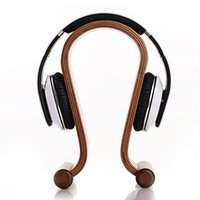 Wholesale High quality of New Wooden Omega Headphone Display Stand Stands Headphones Holder Headset Hanger for Brand headset headsets mate Free S